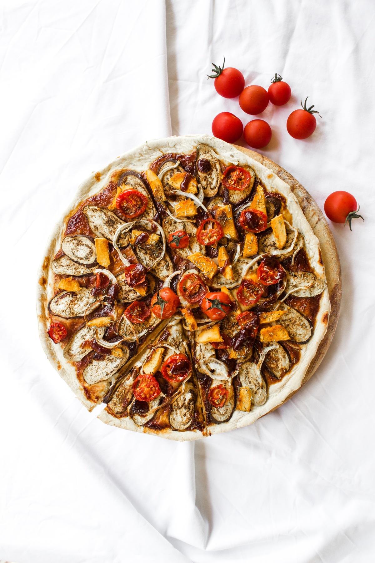 BBQ Vegan Pizza